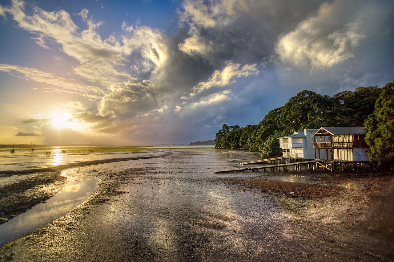 Ce qu'il faut savoir avant de construire une maison au bord de la mer