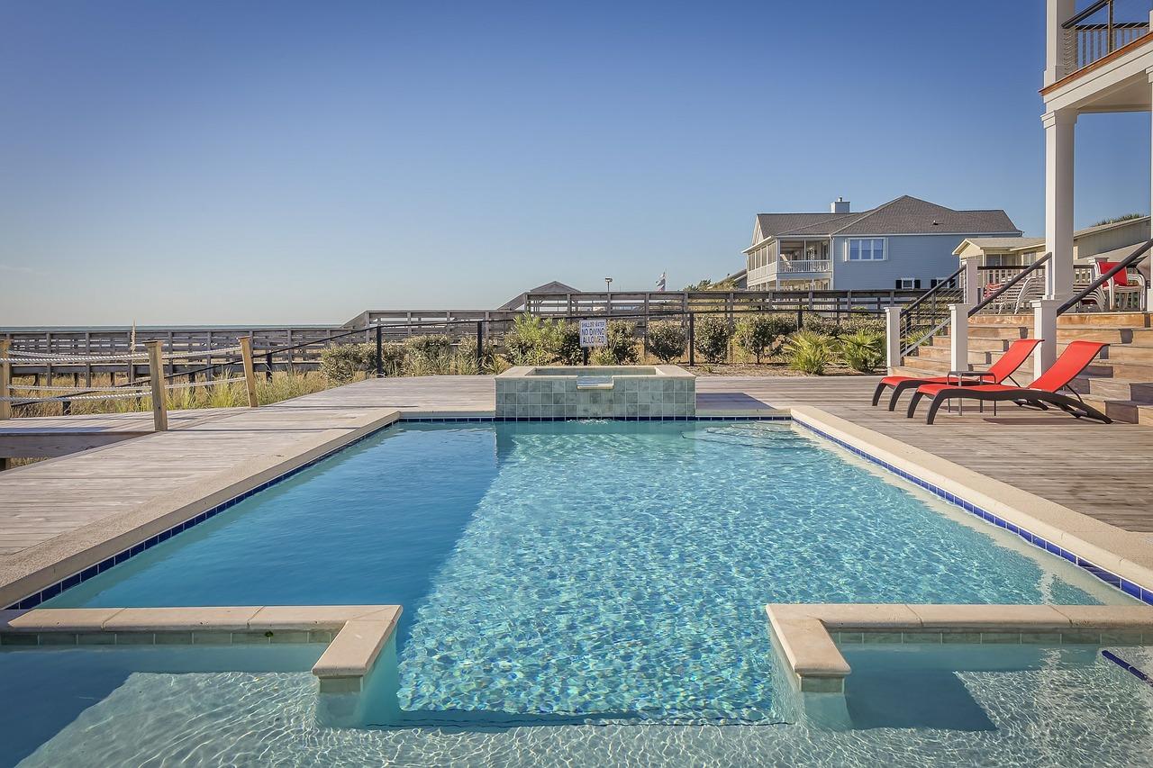 Comment rénover une piscine extérieure ?
